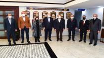 Başkan Aydın'a taziye ziyareti